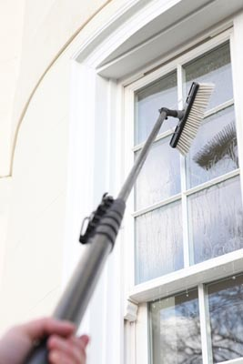 Pure-water-window-cleaning